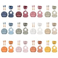 5 Pcs Baby Silicone Bibs Divided Dinner Plate Sucker Bowl Spoon Fork Set Training Feeding Food Dishes Tableware Kit 210913