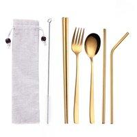 創造的なチタンメッキ携帯用食器5ピースゴールドカラー304ステンレススチールスプーン箸セットストローの組み合わせ