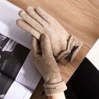 et mitaines d'automne coréen Mode dames hiver chaud avec cachemire épaississant tactile tactile gants de broderie