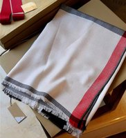 Foulard classique Foulard à carreaux Foulards de la marque de coton souple Foulard en laine de coton, style hommes et femmes 180 * 70cm