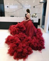 2021 Luxurious Halter Prom Dresses Burgundy Crystals Beaded Tulle Ball Gown Ruffles Tiered Sexy Women Formal Party Evening Dress Backless