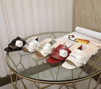 Летние пляжные тапочки мода женские сандалии ленивый низкий каблук флопы кожаные буквы леди мультфильм тапочки металлические дамы холст тапочки большого размера 35-42 US4-US11