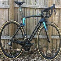 Mavi Carrat Kavramı Karbon Bisiklet DI2 Bisiklet Karbon Yol Komple Bisiklet R7010 R8010 Groupset Ile Groupset