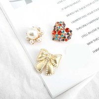 Kimter Colorful Crystal Heart Brooches Jewelry Lady Charm Rhinestone Pearl Buttons Pin Fashion Wedding Flower Bow Brooch Free DHL K129FA