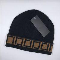 Hohe qualität klassische buchstabe gestrickte beanie caps für männer frauen herbst winter warme dicke wolle stickerei kalthut paar mode straße hüte a09