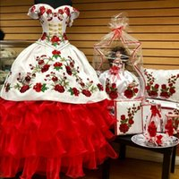Modest Red and White 2022 Quinceanera Prom Dresses Ball Gown Off the shoulder Gold Buttons Floral African Flowers Corset XV Evening party dress Vestidos 15 Anos