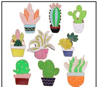Green Fresh Brooches Cactus Potted Pins Enamel Badge Plants Metal Pin For Female Friends Shirt Lapel High quality Jewelry