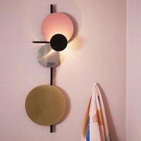 Duvar Lambası Postmodern Retro Tarzı Yaratıcı Nordic Led Led Lisans Işık Siyah Altın