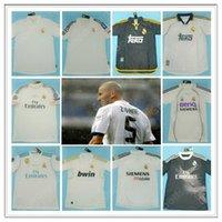 레트로 마드리드 유니폼 빈티지 0 02 03 04 05 06 07 Zidane Beckham Fabregas Ronaldo Carlos Raul Robben Bale Benzema Figo Kaka Owen Classic Hot