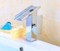 2021 LED 램프 렌치 타입 크롬 도금 구리 수도꼭지가있는 홈 호텔을위한 특별 Washbasin 수도꼭지