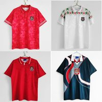 Top 1982 1990 1992 Gales Retro Jerseys Vintage Gales de Futebol Jersey 1994 1995 Giggs Hughes Camisa de Futebol Saunders Rush Boden Maillot de pé