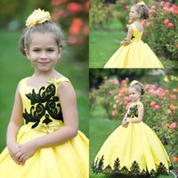 Lovely Baby Flower Girls' Dresses with Bows Black Lace Applique Pageant Party Birthday Gowns Satin Princess Communion Dress