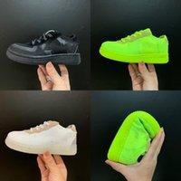 shoes 2020 New Luxury Triple S Männer und Frauen Jogging-Schuhe Luxusmode-Design Trainer Neon-Grün Transparent Sohle Sport Triple Sneakers