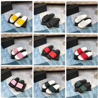 2021 Мода Тапочки Мужчины Женщины Сандалии Дизайнерские Обувь Роскошный слайд Летний Широкий Плоский скользкий слайд-шоу Flip Flop Цветочная коробка Размер 35-45 x002