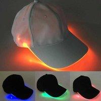 Nouveau design LED Éclairez les casquettes de baseball rougeoyantes Chapeaux réglables parfaits pour la fête de hip-hop et plus Q0703