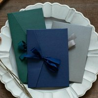 50pcs / Set Ribbon Vintage Kraft Blank Buste in Blank Buste Buste invito a nozze / Busta regalo / 12 colori Drop regalo involucro