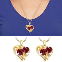 Love Rose Necklace Gold 3D Heart Shaped Pendant with Heart-Shaped Chain Necklace Rose Double