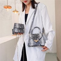 Retro Crossbody Messenger Bags Handbags Women Serpentine Leather Shoulder Bag Flap For Girls Sac A Main