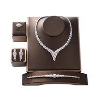 Ensemble Hadiyana Trendy élégant Mariage de luxe Collier Boucles d'oreilles Bague et bracelet Bijoux CN1443 Conjunt de Joyas