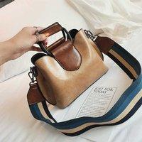 Glossy Pu Leather Luxury Handbags Women Bags Designer Panelled Handbag Iron Hand Double Shoulder Strap New Fashion Crossbody Bag