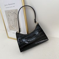 HBP أزياء رائعة حقيبة تسوق الرجعية عارضة المرأة حقائب الكتف 2021 أنثى بو الجلود بلون سلسلة حقيبة يد سيدة