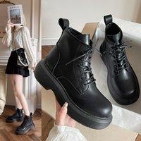 Botas zapatos redondos punta de cordón de la moda mujer botas de talón plano-mujer roca punk otoño damas bajo tobillo caucho verano lolita 2021 ro
