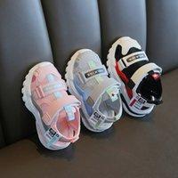 Fábrica de vendas direto infantil verão novo sandálias meninos e meninas bebê macio inferior sapatos de criança kindergarten menininhos sapatos de praia
