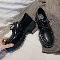 Couro Sólido Calçados Casuais Mulher Flats 2021 Nova Primavera Oxford Sapatos Para As Mulheres Lace Up Grosso Bottom High Heaver Heels Platan Shoes