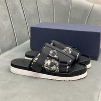 2021 샌들 정품 가죽 Sippers Stoggered 버클 스트랩 여름 야외 플립 플롭 플랫폼 캐주얼 슬리퍼 신발 상자 39-45
