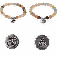 8mm Matte Amazonite Stone Strand Bracelet Yoga Chakra Mala Bracelet OM Lotus Femmes Hommes Charme Brocelet Bijoux à la main TQG8G 389 Q2