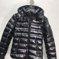 ウィンタージャケットパーカー女性のコート屋外カジュアルスキーダウンズ羽毛厚肉厚さの暖かい女性フード付きショートコート4色最高品質