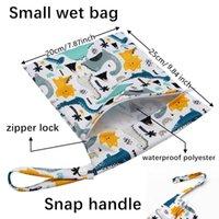 Sacs de couches Sanitaires Sacs de rangement de serviettes de rangée dessin animé Impression TPU lavable Environnement Organisation 20 * 25cm 40styles YL573
