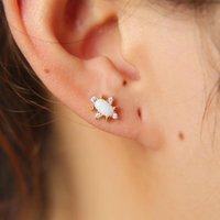AGG-Form-Opal-Edelstein Eleganter Minimalbolzen Tiny Nette Mädchen Frauen Multi Piercing Das zweite Loch Gold Farbe Entzückende Ohrring für Gir
