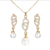 Earrings & Necklace 2021 Imitation Pearls Pendant Suit Charm Female Long Statement Party Jewelry Earring