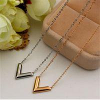 316L Titanium Steel Fashion V Pingente Colar Para As Mulheres Titânio Aço Chapeamento Rosa Carta De Ouro Colar Jóias 129 W2