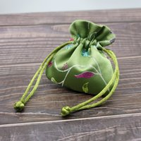 50pcs Mini Luxury Sachet Bag Party Favor Chinese Style Brocade Handmade Silk Pouch Wholesale Drawstring Bracelet Earrings Ring Jewelry Packaging