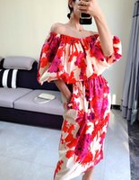 Chic Design Style Slash Neck Printing Temperament Dropping Bubble Mouw Sexy Dresses Famous 2020 High Street New