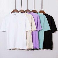 새로운 제품 봄과 여름 2021 패션 브랜드 같은 색상 사랑하는 부부 풀 오버 라운드 넥 수 놓은 짧은 소매 티셔츠 opp 가방 패키지