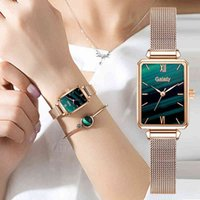 Designer Luxury Brand Watches Gaiety Women Es Fashion Square Ladies Quartz Armband Set Green Dial Enkel Rose Gold Mesh