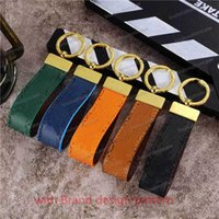 Wholesale 2021 phone cases Keychain Key Chain Buckle Keychains Lovers Car Handmade Leather Men Women Bags Pendant Accessories