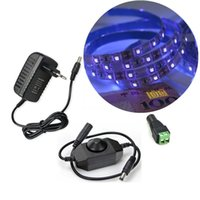 Strips Ultraviolet Black Light SMD 3528 60LEDS / M UV LED LED Cinta Púrpura Flexible Lámpara + Interruptor Dimmer 12V Adaptador de corriente