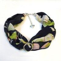 Pendentif Colliers 2021 Colorful rond Impression cristal fleur Collier écharpe de mousseline de soie pour femmes de silencieux bijoux