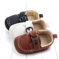 Baby Moccasins PU кожаный малыш первый ходунки мягкие одолированные девушки обувь новорожденных 0-1 год детские мальчики кроссовки