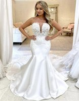 Sexy Wedding Dresses Mermaid Strapless V-neck Satin Lace Appliques Beaded Design Vintage Simple Long Train Covered Buttons Back Bride Gowns Custom Made Real Photos