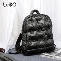 Лучдо бренд женщин рюкзак зимний космический прокладки хлопок перо вниз сумка мода куртка космос хлопок теплый воздух рюкзак mochila 201116