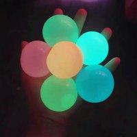 Chirstmas Child Toy Stress Sfort Reliet Sticky Ball Soffitto palle da soffitto Bappare al muro e cadono lentamente Squishy Glow Giocattoli Gifts