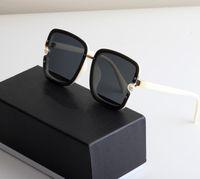 맨스 Qualtiy 패션 선글라스 망원을위한 맨스 안경 디자이너 브랜드 UV400 편광 금속 태양 안경 사랑하는 여자와 상자