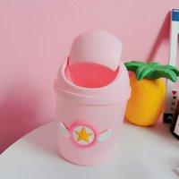 Tarjeta de dibujos animados creativo Captor Sakura Pink Kawaii Basura Can Mini Shake Funda de plástico Escritorio Dustbin Girls Home Basura Cesta Bolsas cosméticas