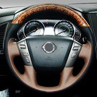 DIY handgenähtes Mahagoni-Leder-Auto-Lenkrad-Abdeckung für Nissan Patrol Y62 Patrol