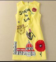 710 2020 Бренд та же стиль платье без рукавов бусины блестки экипаж шеи женские одежды флора принт розовый синий роскошный модный платье SH